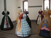 6-dresses